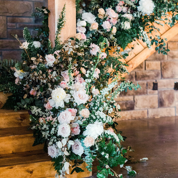 Martha Stewart: Seven Flowers Professional Florists Wouldn't Use for Their Own Wedding Arrangements